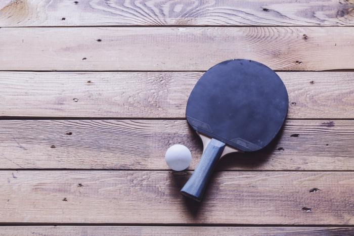 Ping pong racket 846505392 2125x1416